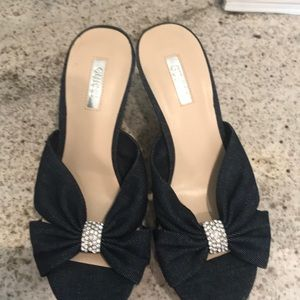 Guess shoes size 7 4inch wedge heel
